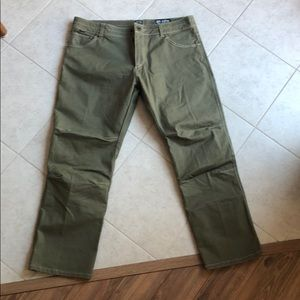 BOGO ☺️ Kuhl rydr tundra green work pants